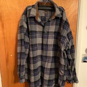 Men's plaid flannel long sleeve